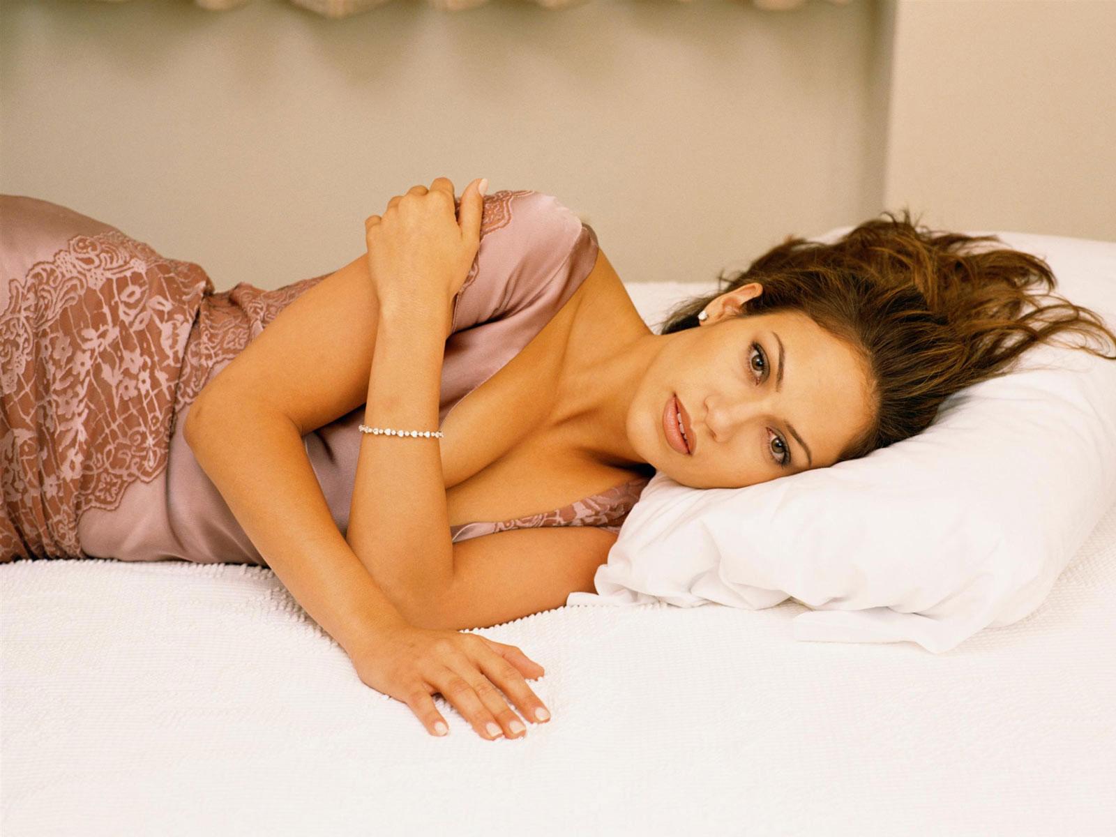 Jennifer Lopez 51 wallpaper download