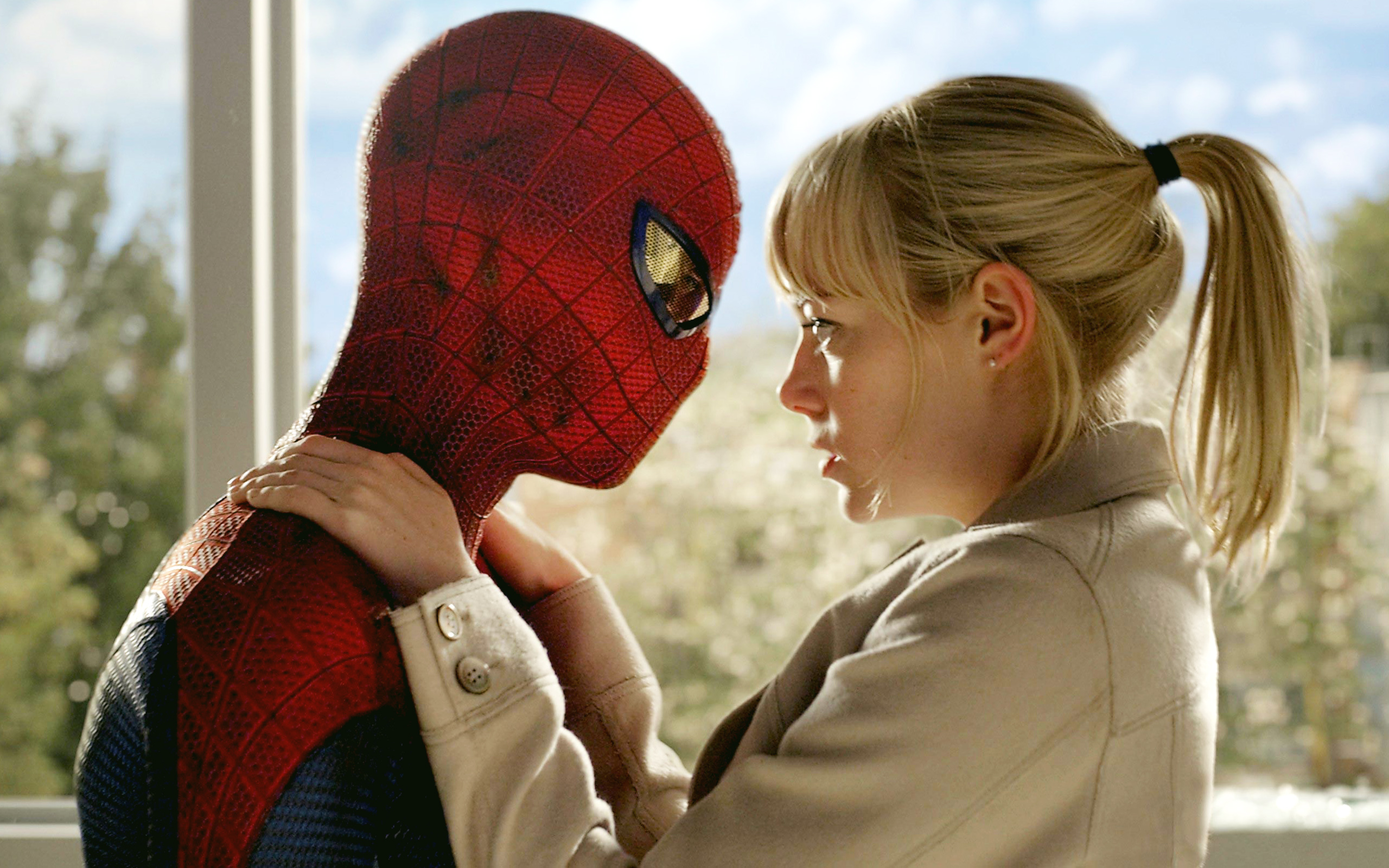 Spider Man and Gwen Stacy wallpaper
