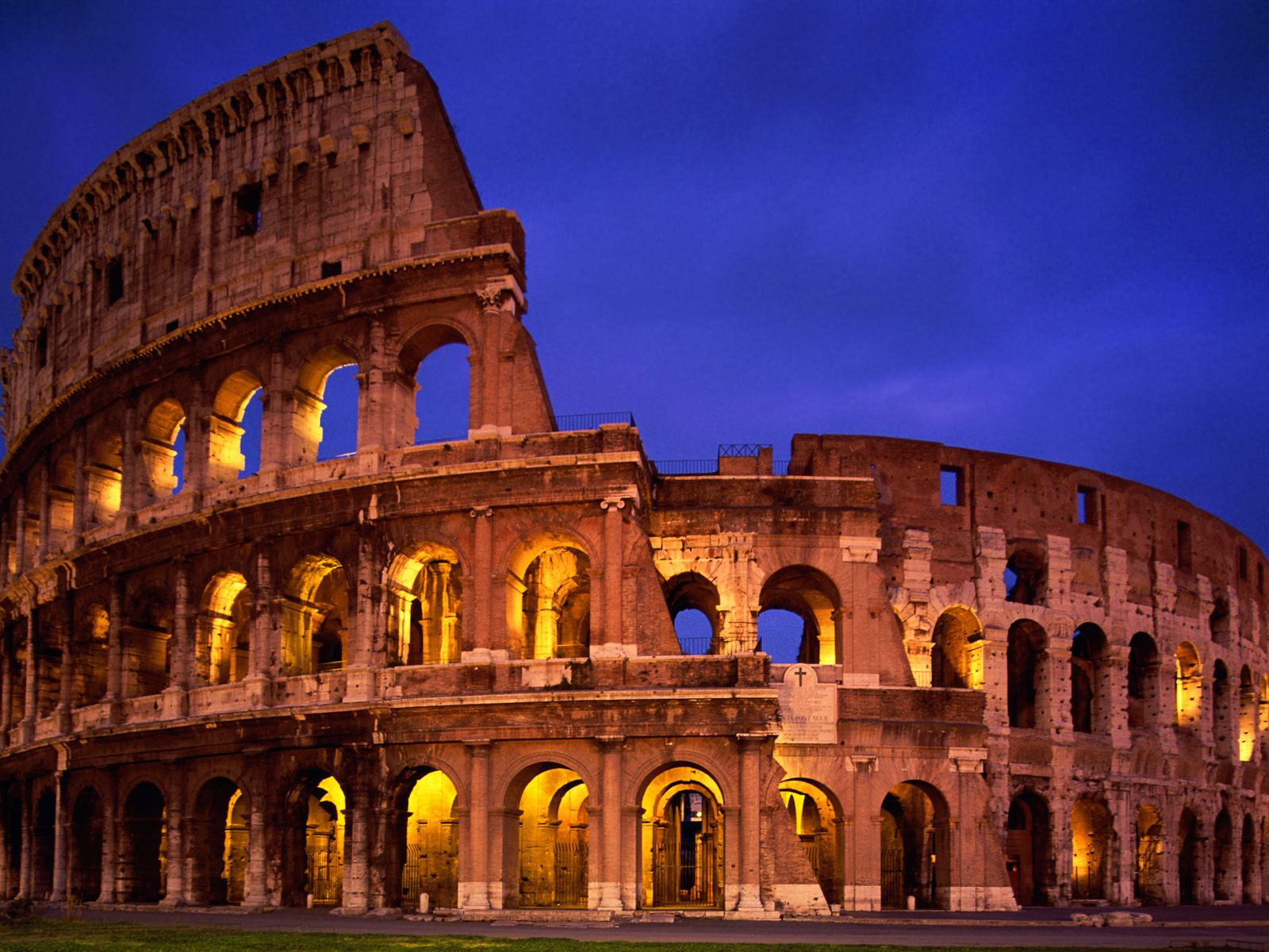 The Colosseum Rome Italy wallpaper
