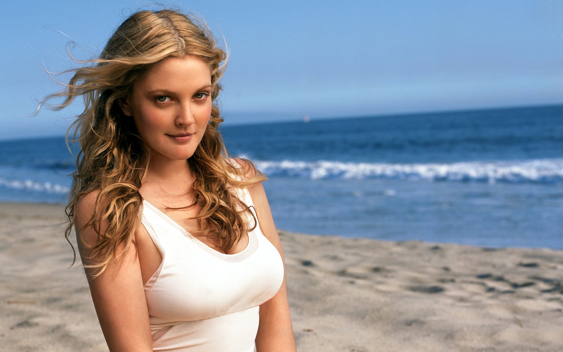 Drew Barrymore 11 wallpaper