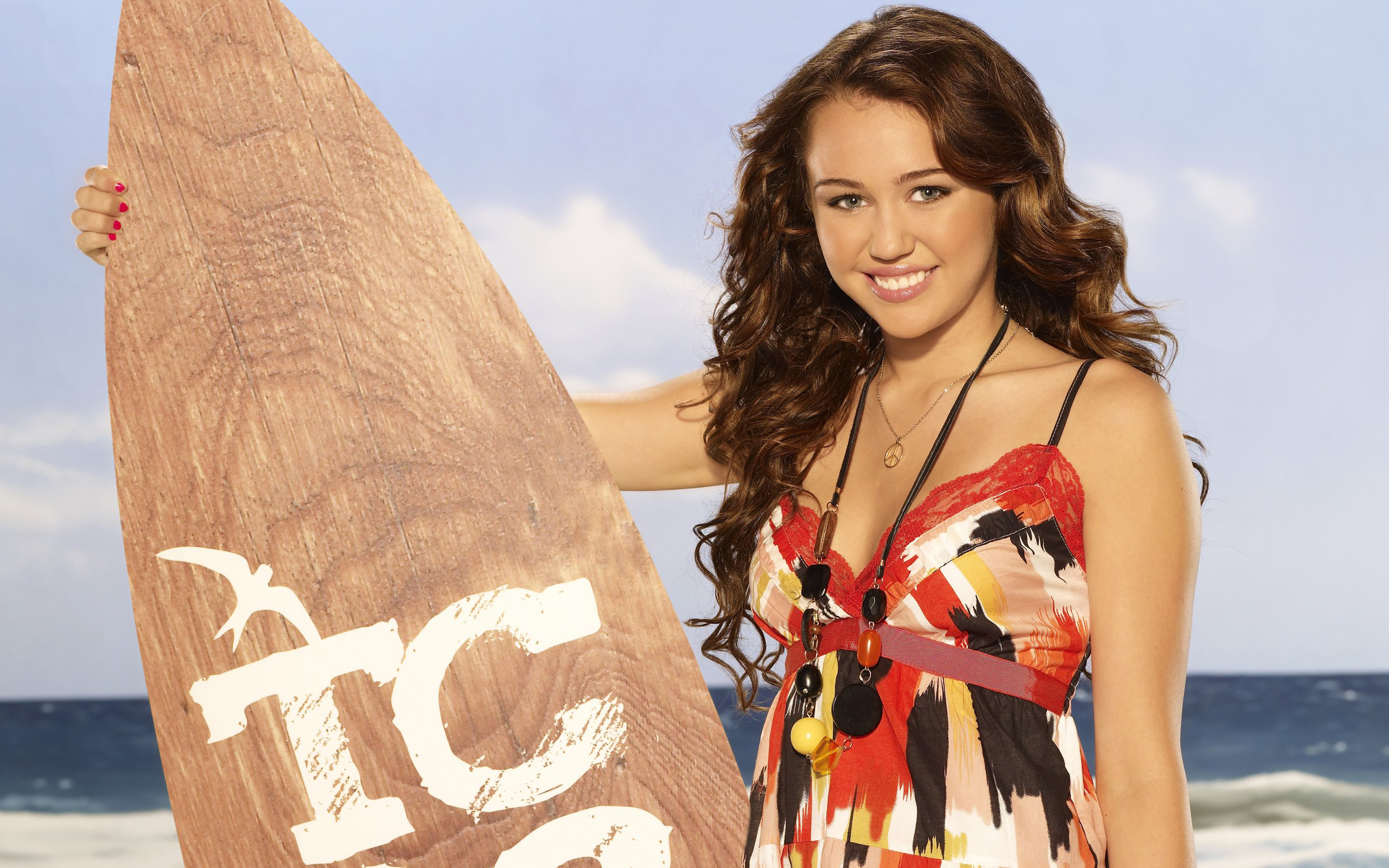Miley Cyrus Teen Choice wallpaper