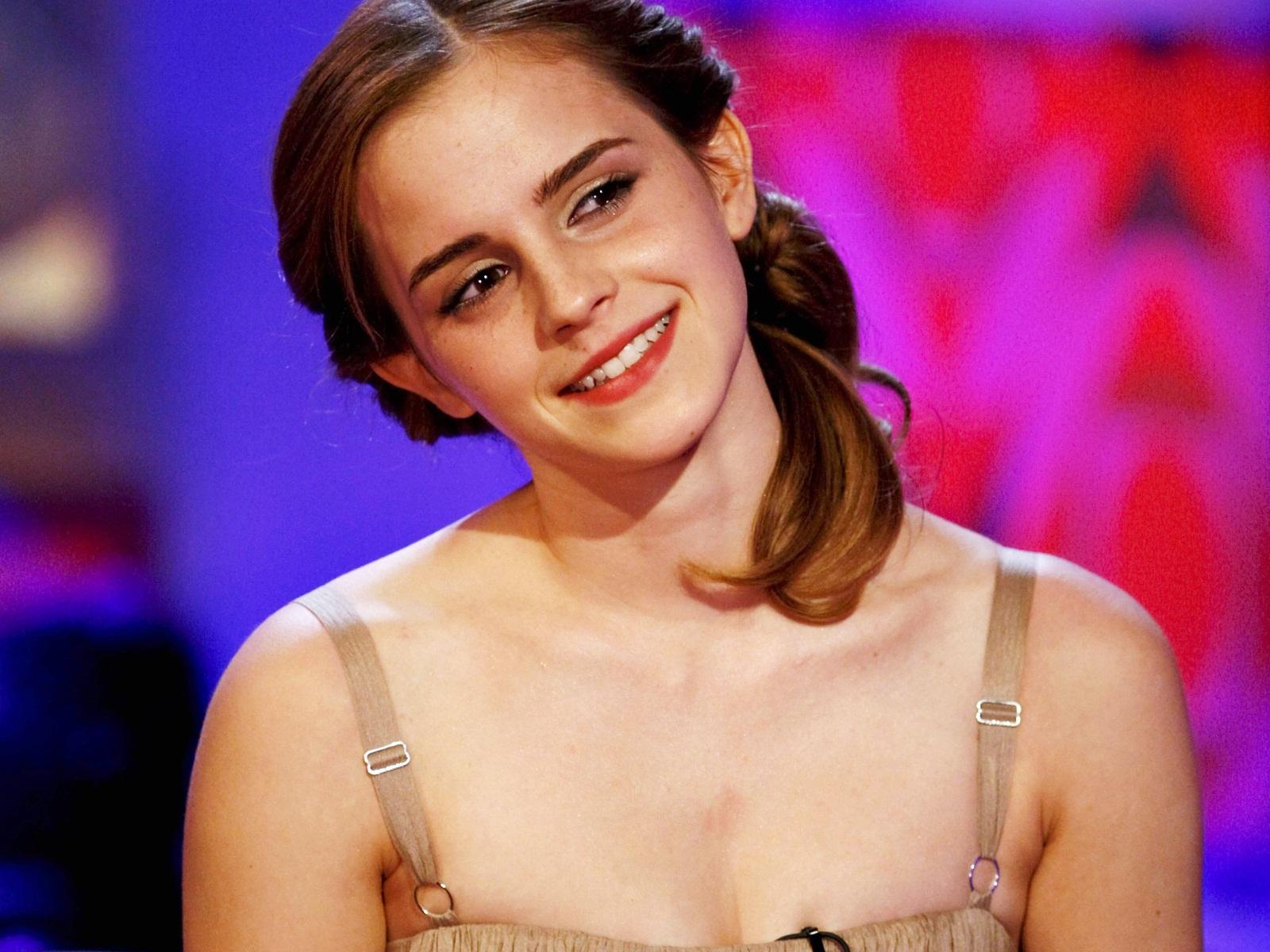 Amazing Emma Watson wallpaper