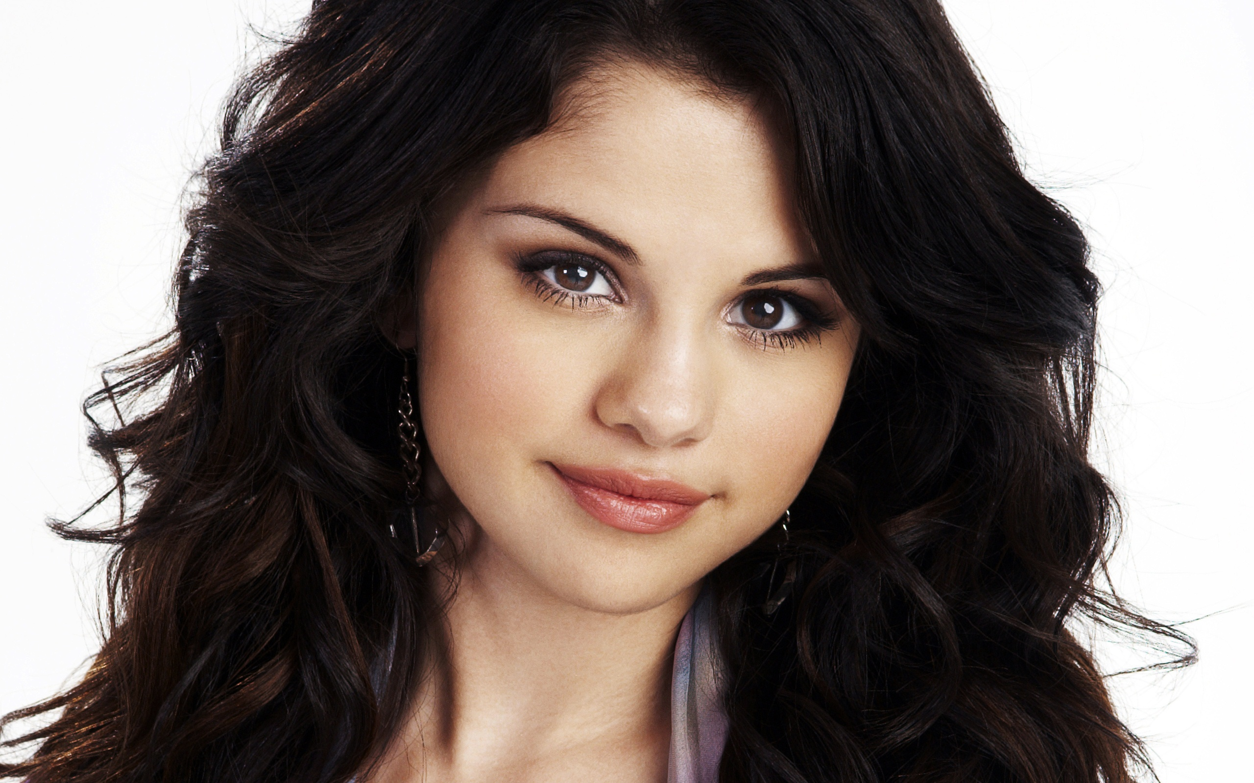 Selena Gomez 99 wallpaper