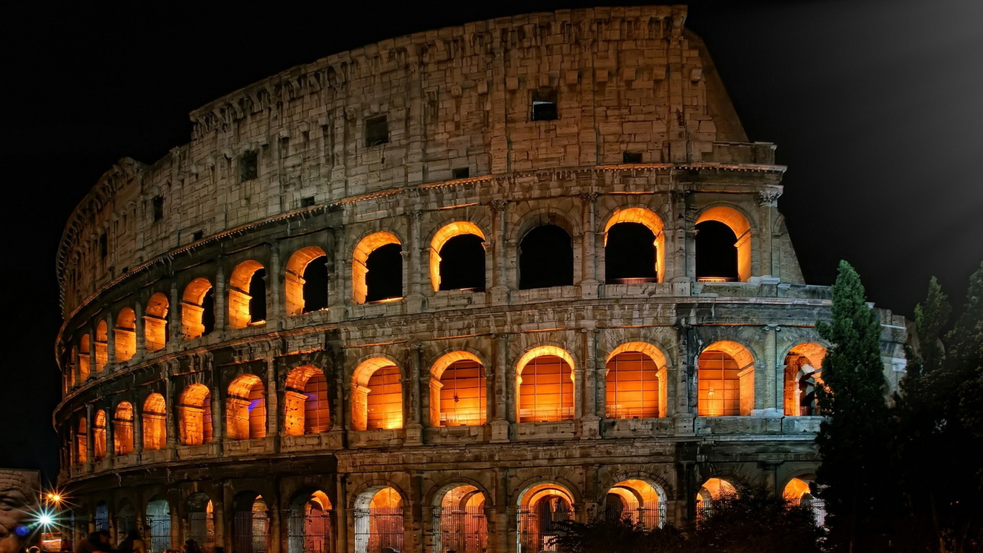Roman Colosseum wallpaper