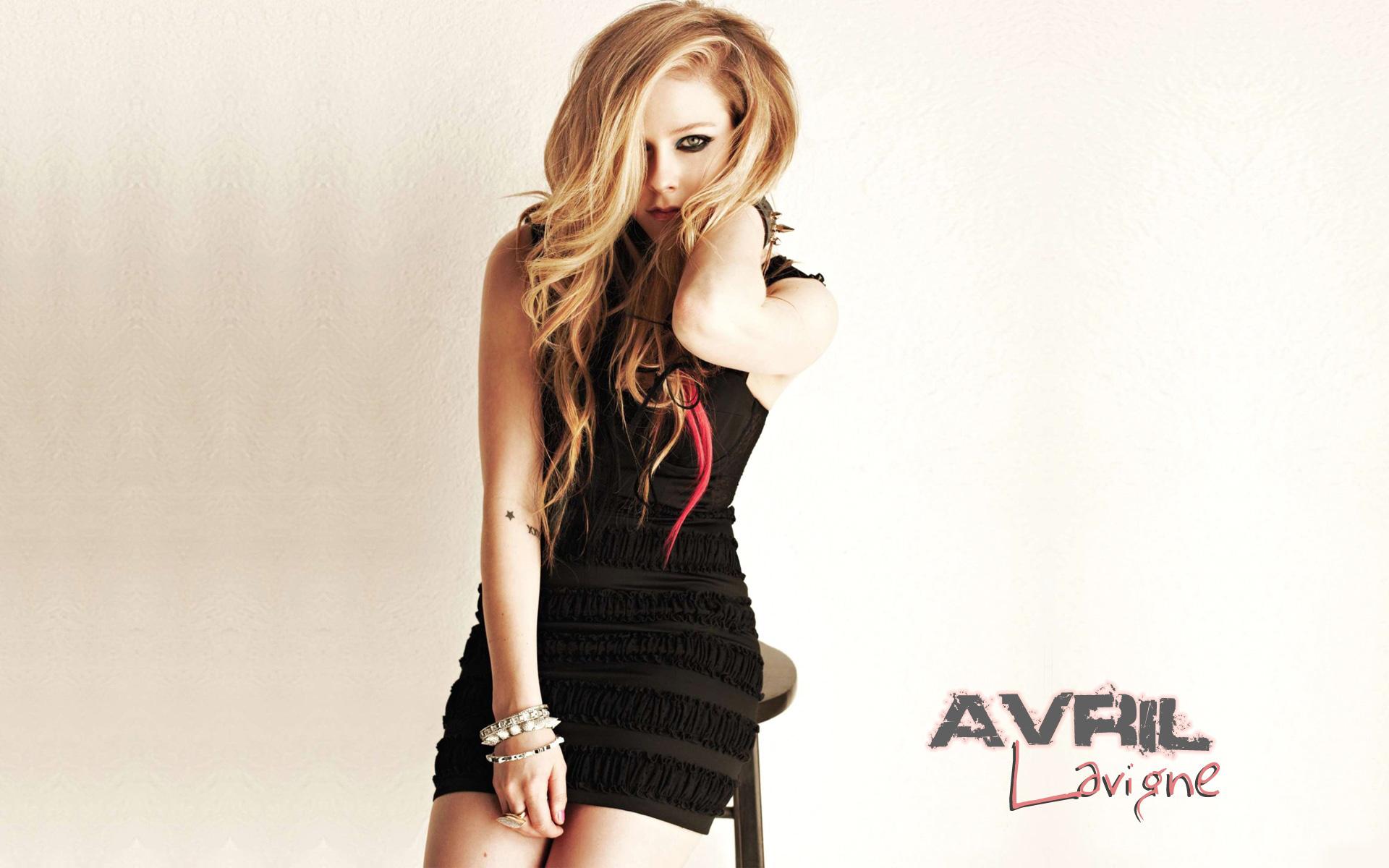 Avril Lavigne 46 wallpaper