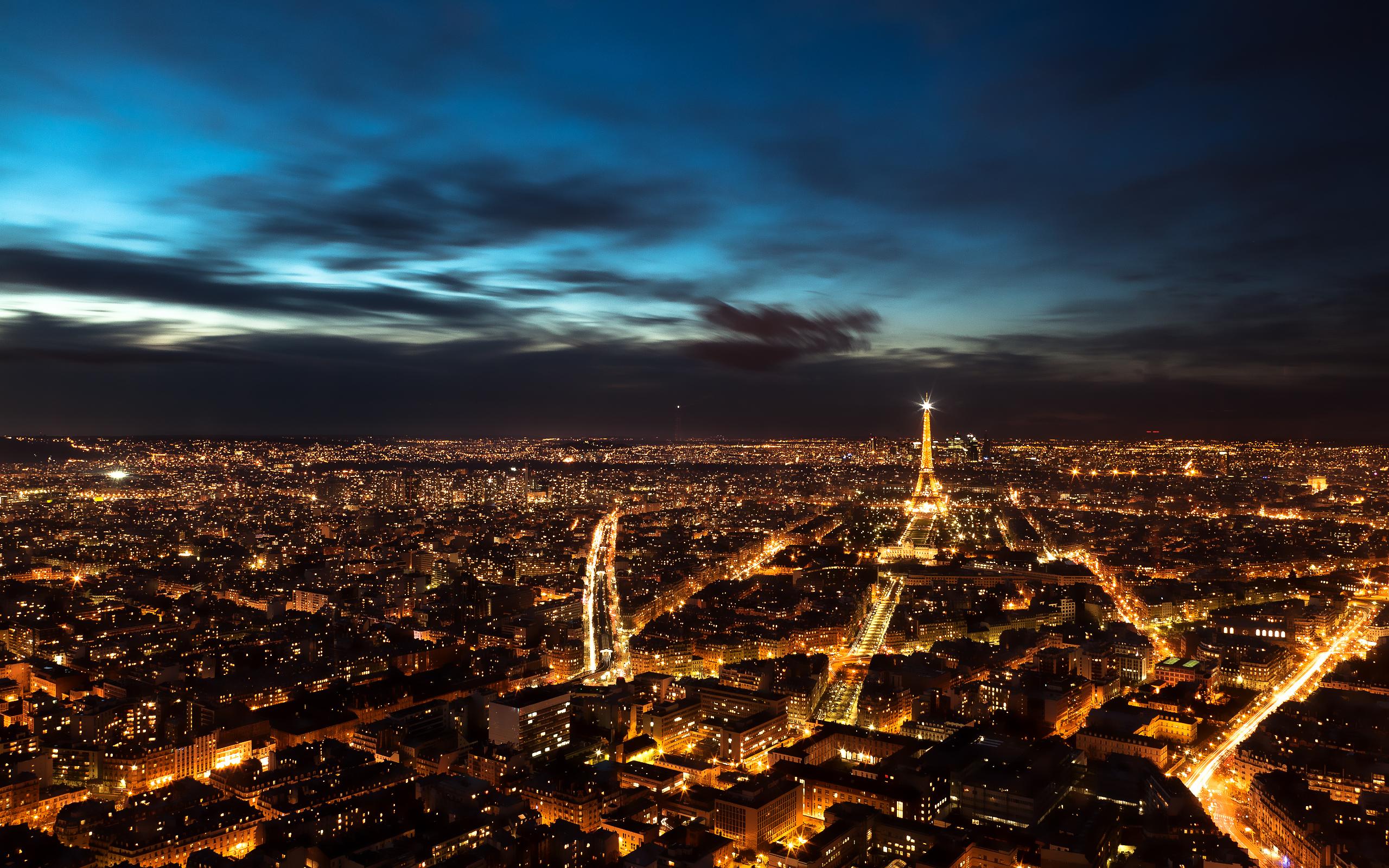 Paris Night Sky Wallpaper